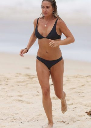 Lisa Clark in Black Bikini on a beach in Sydney Pic 30 of 35