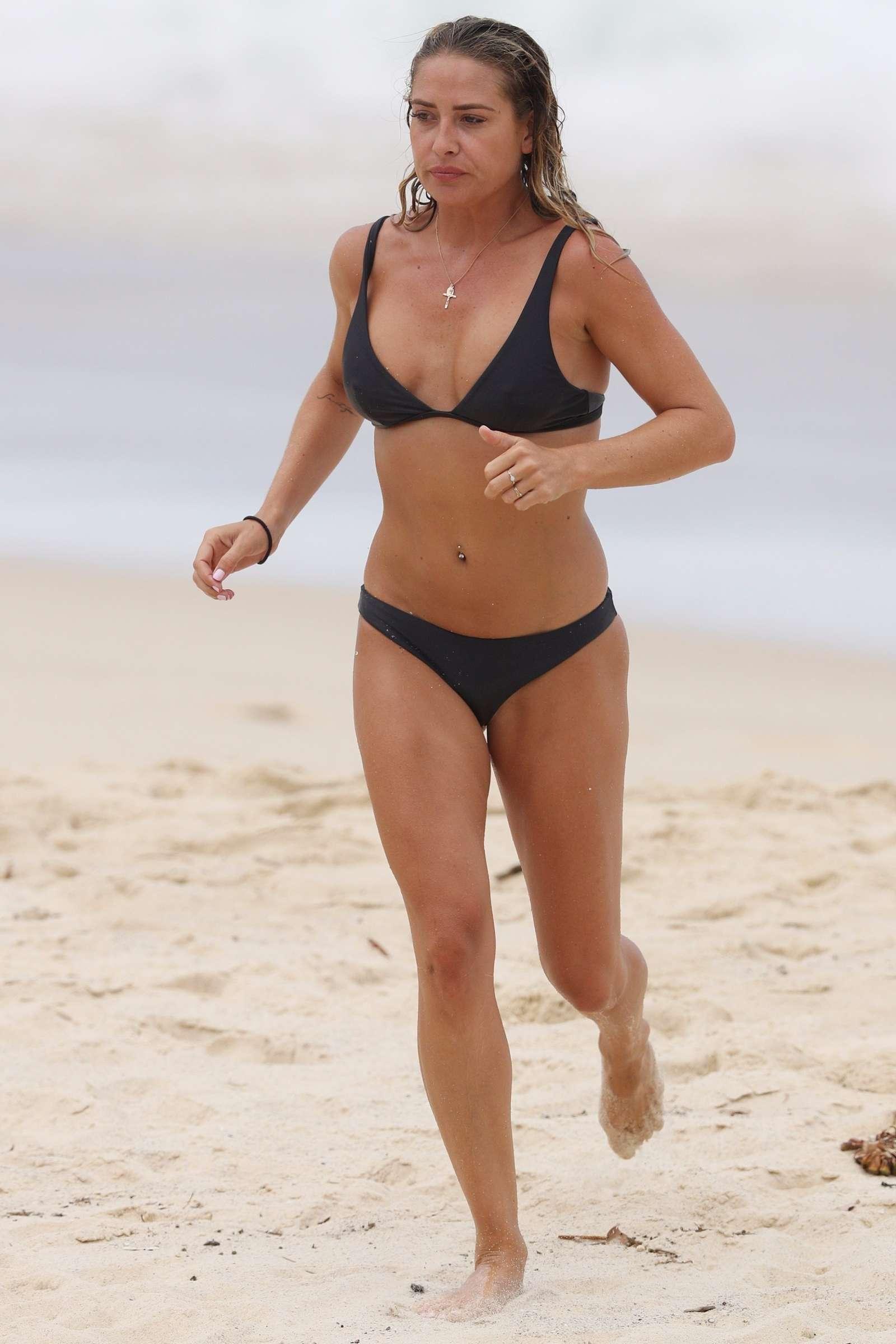 Lisa Clark 2017 : Lisa Clark in Black Bikini 2017 -33