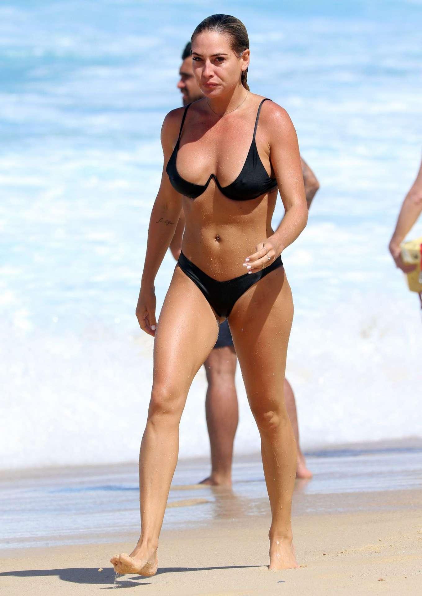 Bikini Lisa Clarke nude (43 photos), Ass, Hot, Selfie, legs 2018