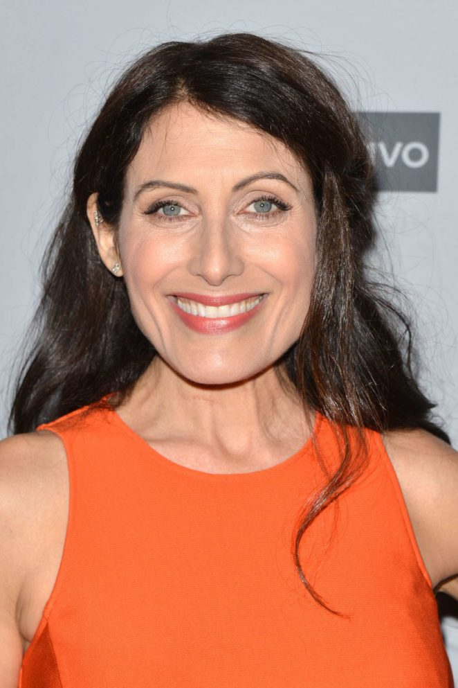 Lisa Edelstein – 2017 NBCUniversal Holiday Kick Off Event in LA