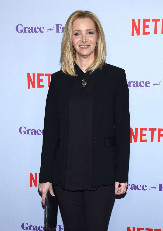 Lisa Kudrow – 'Grace and Frankie' Season 4 Premiere in LA