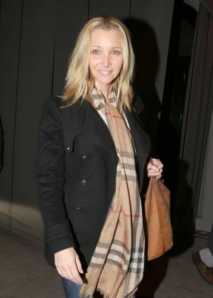 Lisa Kudrow - Leaving Craig's Restuarant in West Hollywood