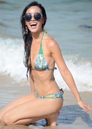 Lisa Opie Hot in Bikini -08