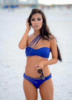 Lisa Opie in Blue Bikini on South Beach in Miami