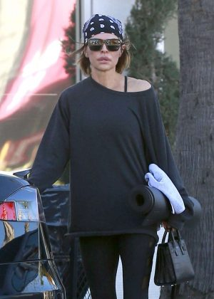 Lisa Rinna attends a yoga class in Studio City