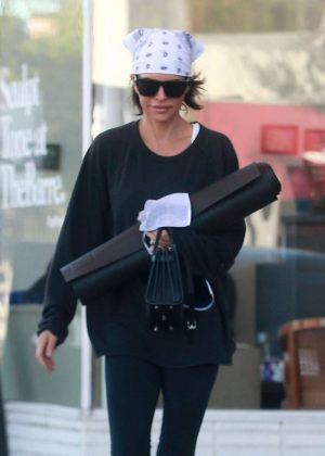 Lisa Rinna - Attends a yoga class in Studio City