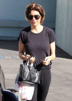 Lisa Rinna - Leaving CVS in Los Angeles