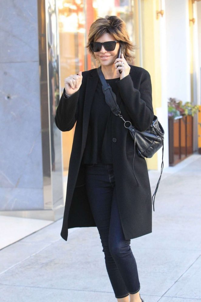 Lisa Rinna – Shopping on Rodeo Drive in Beverly Hills