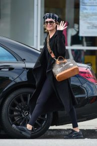 Lisa Rinna smile after a Yoga class in Studio City