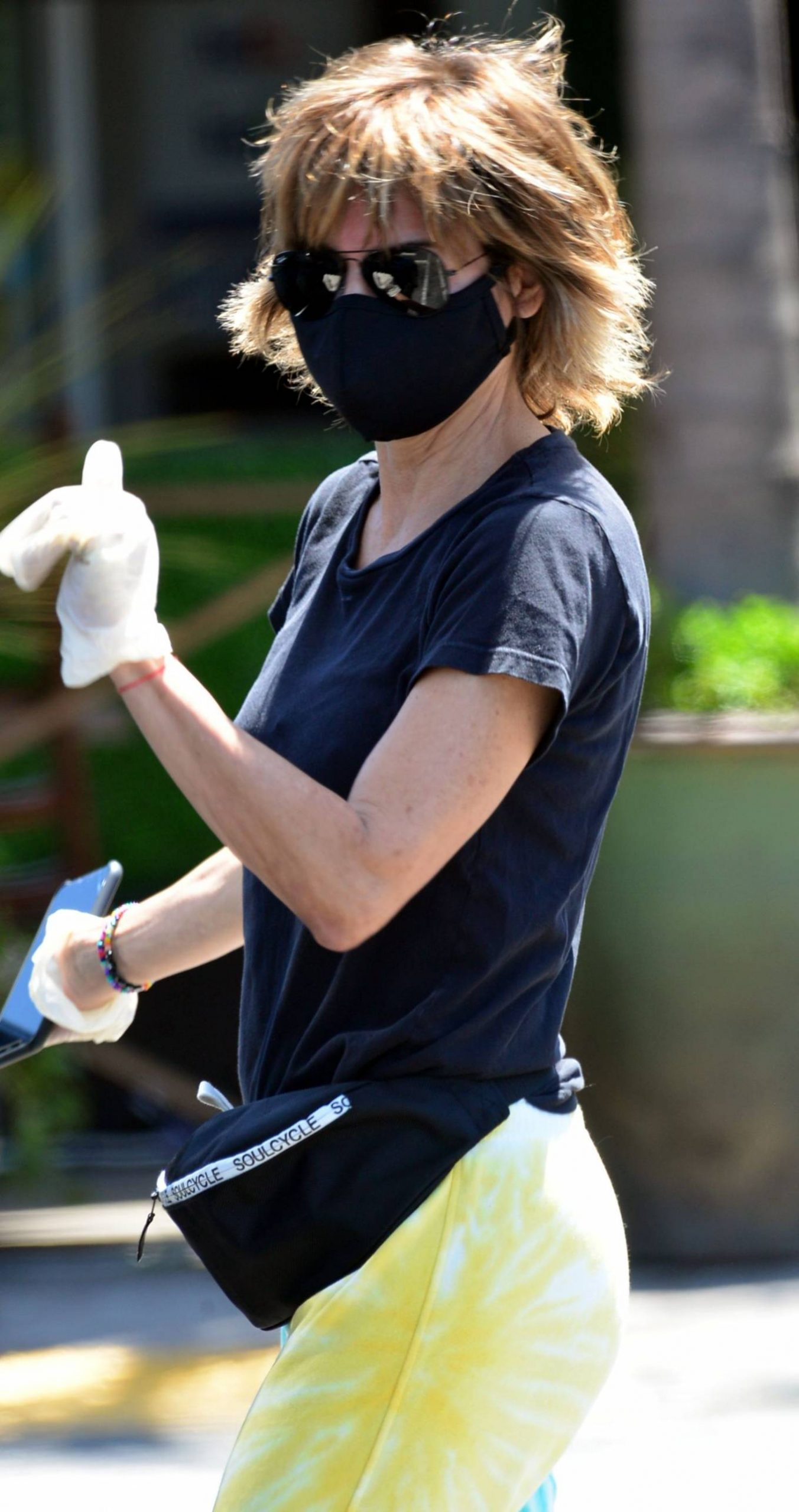 Lisa Rinna 2020 : Lisa Rinna – Wears a mask while running errands in Beverly Hills-05