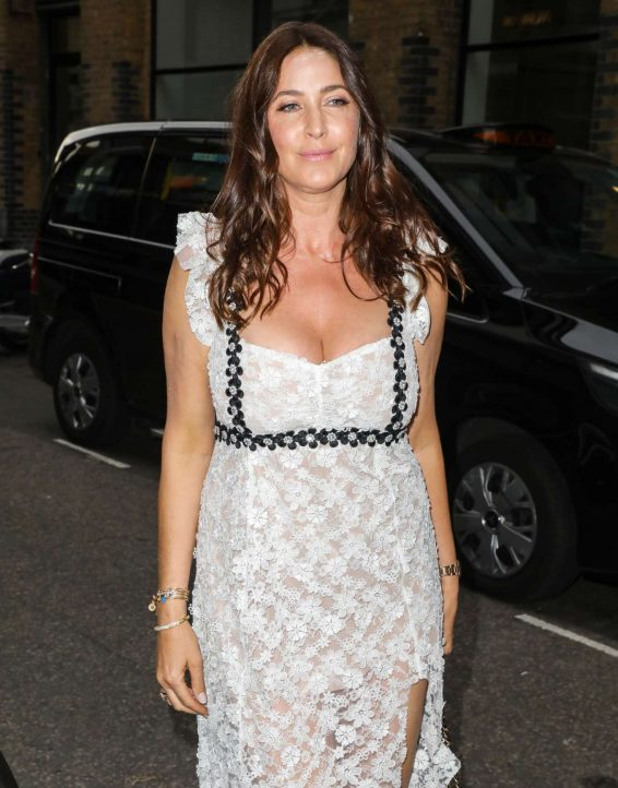 Lisa Snowdon - Arrives at ITV Summer Party 2019 in London