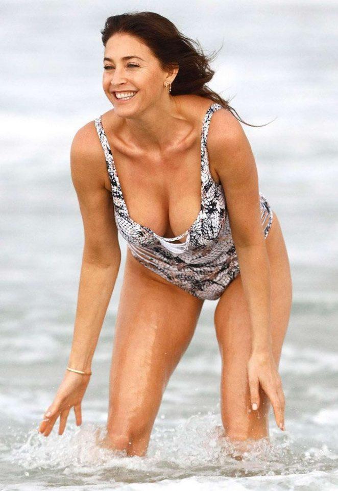wallpaper bikini lisa snowdon - photo #31