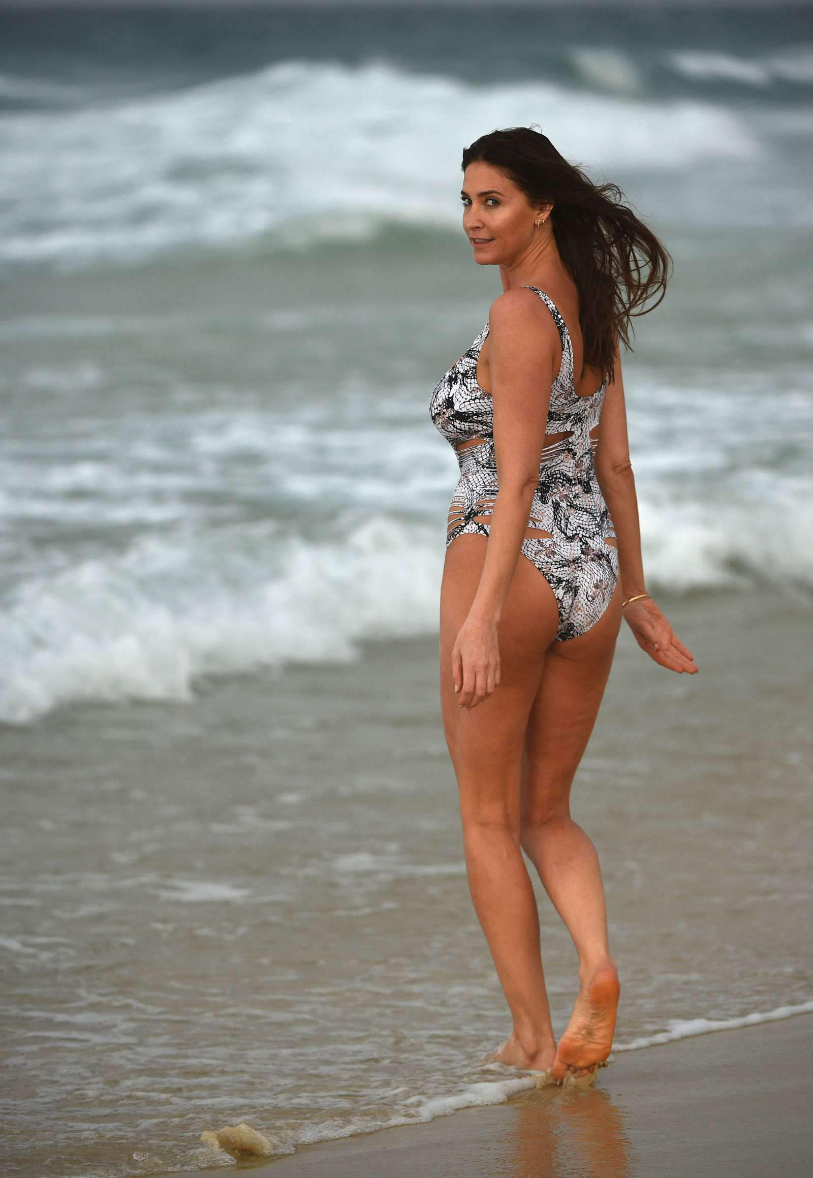 Lisa Snowdon In Bikini 13 Gotceleb