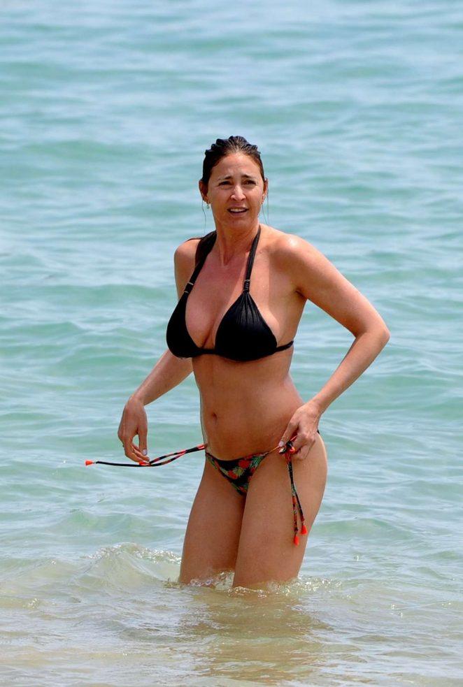 Lisa remini bikini pictures