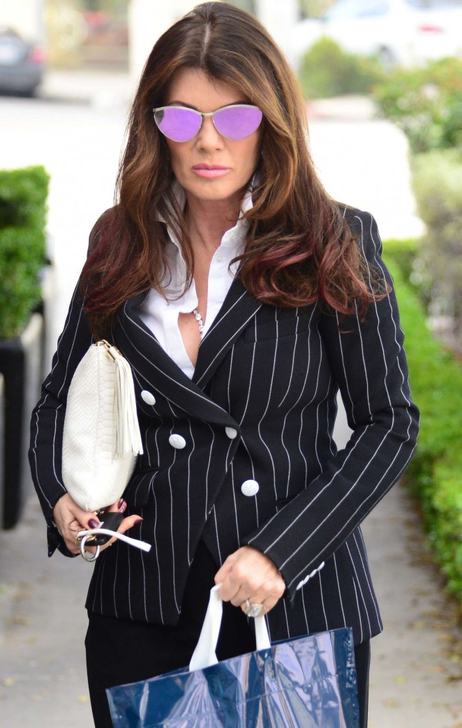 Lisa Vanderpump - Arrives at Petrossian in Beverly Hills