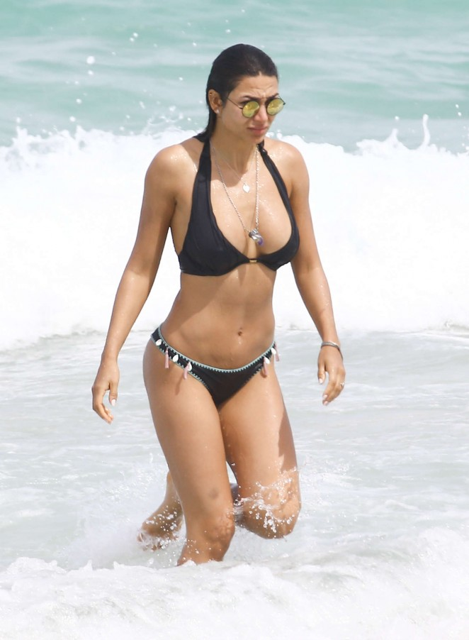 Lays Silva in Bikini at the beach in Miami Pic 3 of 35