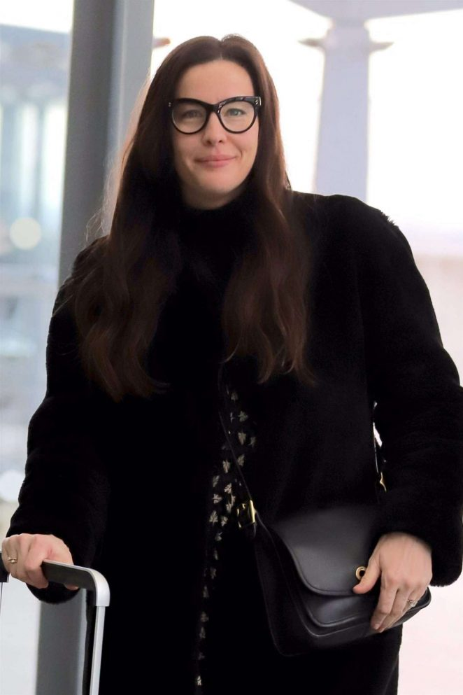 Liv Tyler – Arrives at Heathrow Airport in London