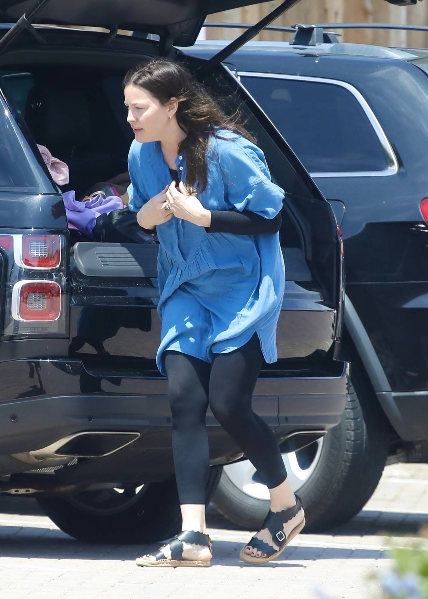 Liv Tyler 2021 : Liv Tyler – Steps out for lunch in Malibu-06