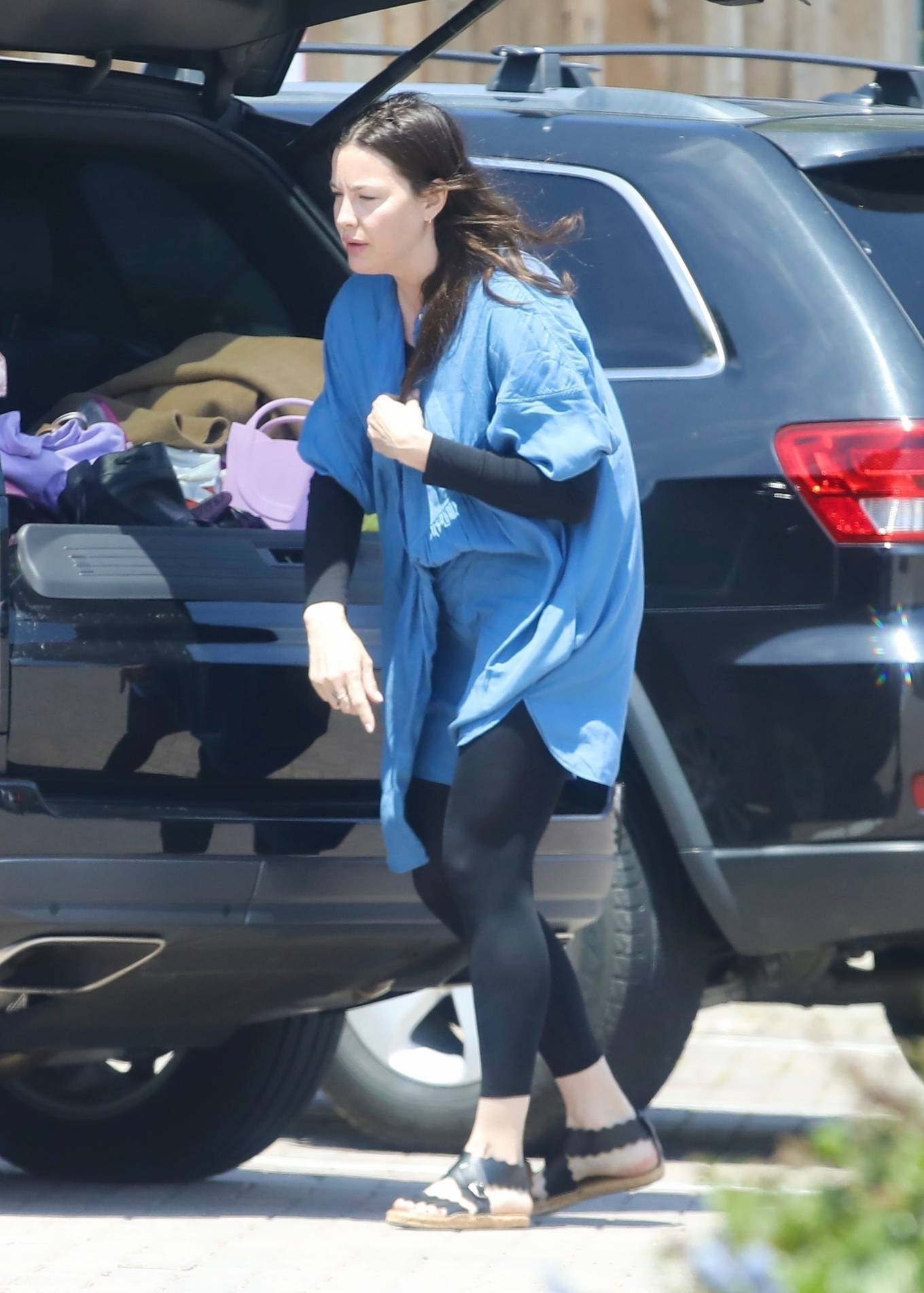Liv Tyler 2021 : Liv Tyler – Steps out for lunch in Malibu-07