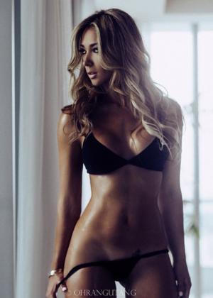 Livia Gullo: 50 Hottest Pics-12