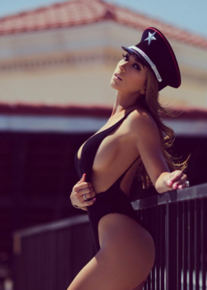 Livia Gullo: 50 Hottest Pics-19