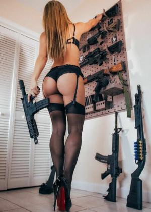 Livia Gullo: 50 Hottest Pics-21