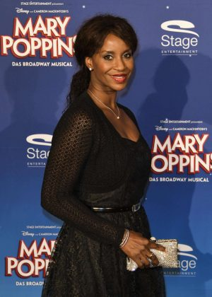 Liz Baffoe - 'Mary Poppins' Premiere in Stuttgart