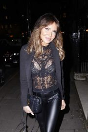 Lizzie Cundy - Arrives at Annabel's London for a party in London
