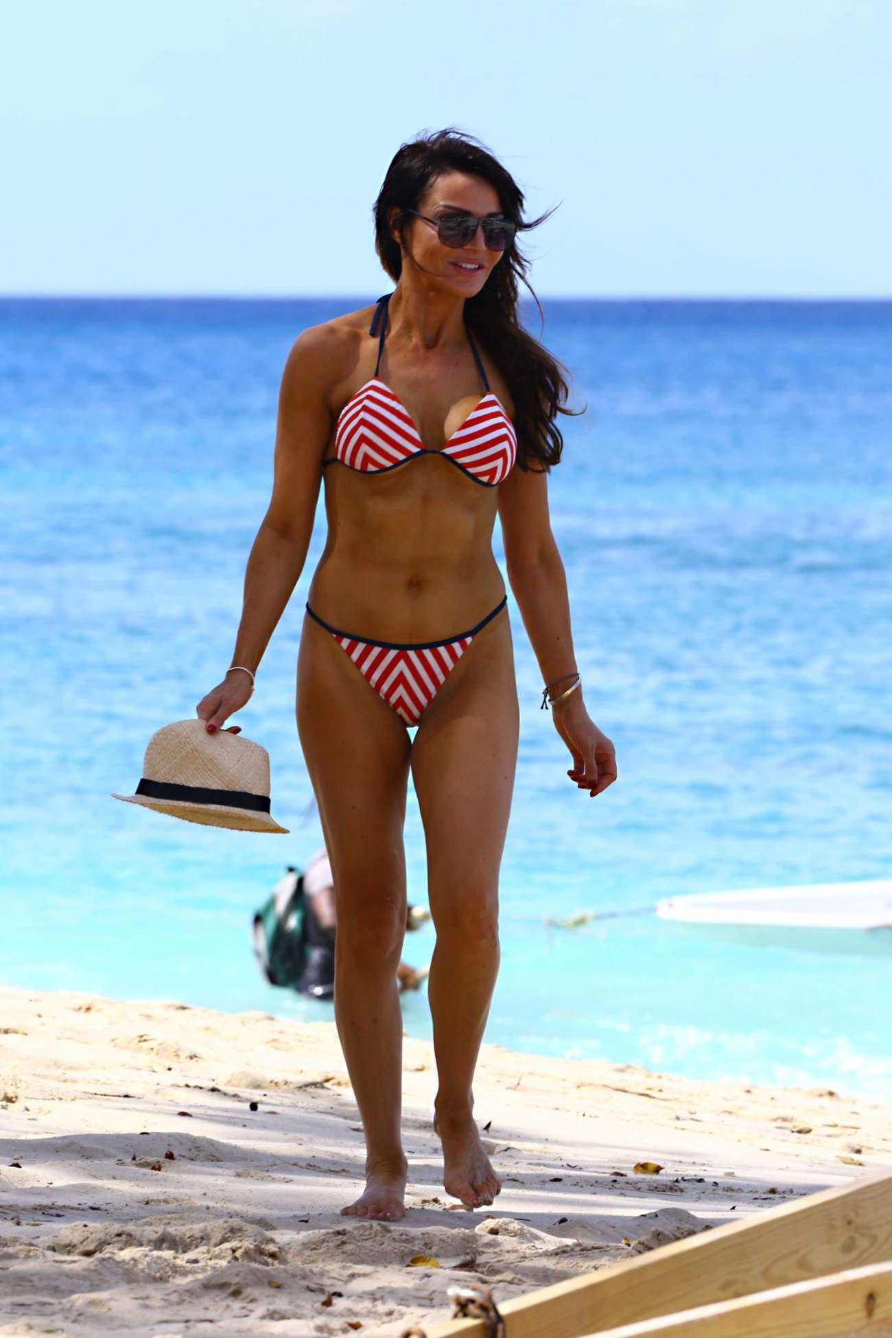Bikini Lizzie Cundy naked (61 foto and video), Topless, Fappening, Boobs, see through 2017