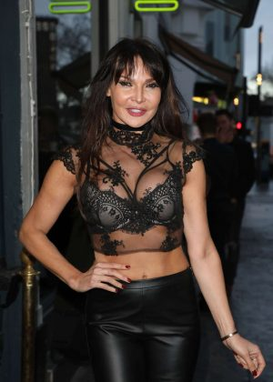 Lizzie Cundy - James Inghams Jog on to Cancer Event in London