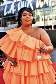 Lizzo - 2019 American Music Awards in Los Angeles