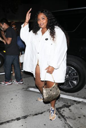 Lizzo - Seen outside Craig's in West Hollywood