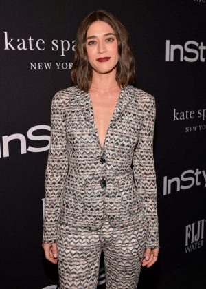 Lizzy Caplan - 2018 InStyle Awards in Los Angeles
