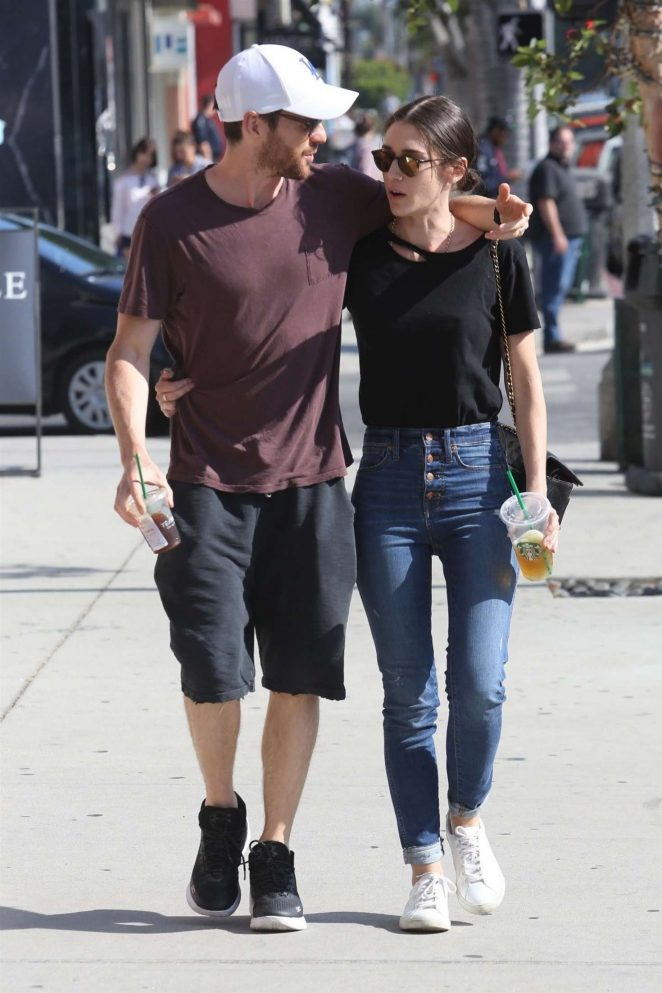 Lizzy Caplan and Tom Riley – Shopping in Beverly Hills