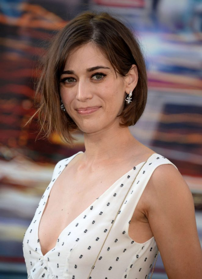 Lizzy Caplan - 'Ghostbusters' Premiere in Hollywood