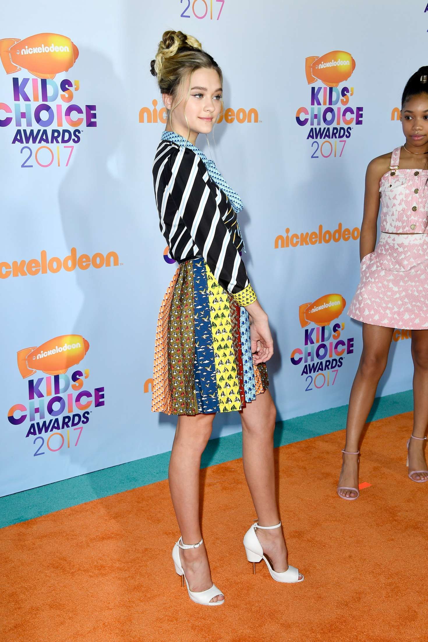 Back to FULL gallery Lizzy Greene – 2017 Nickelodeon Kids' Choice ... Miley Cyrus