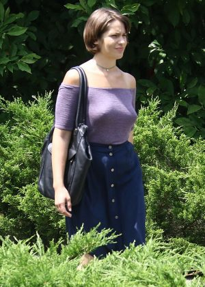 Lola Kirke - Filming the Amazon Prime series 'Mozart in the Jungle' in Riverdale