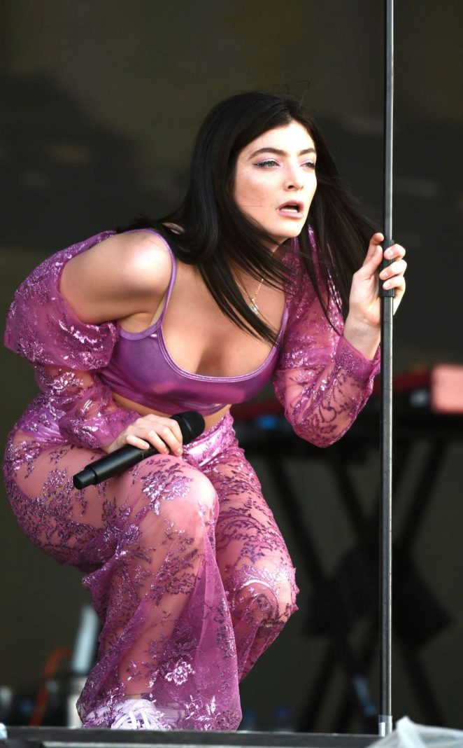 Lorde - Performing at Parklife Festival 2018 in Manchester