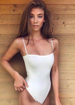 Lorena Rae - Hot Photoshoot