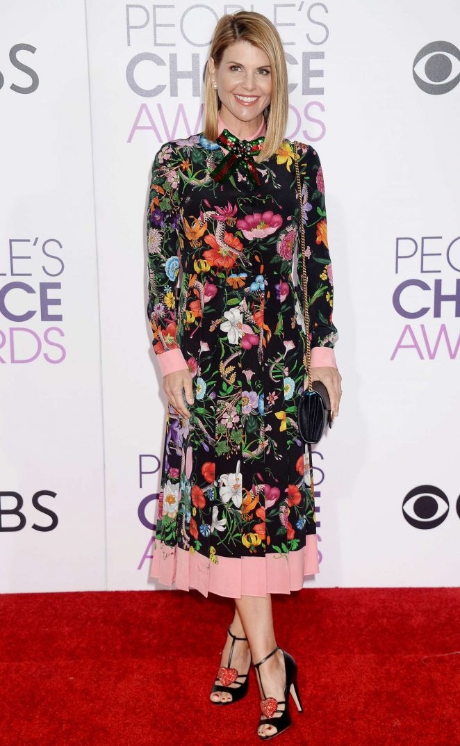 Lori Loughlin: 2017 Peoples Choice Awards -11