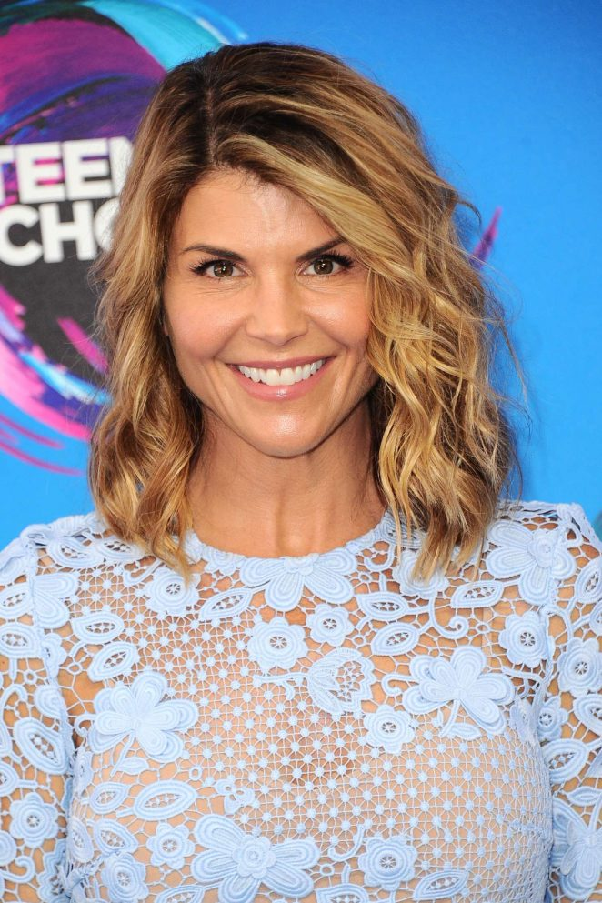 Lori Loughlin - 2017 Teen Choice Awards in Los Angeles