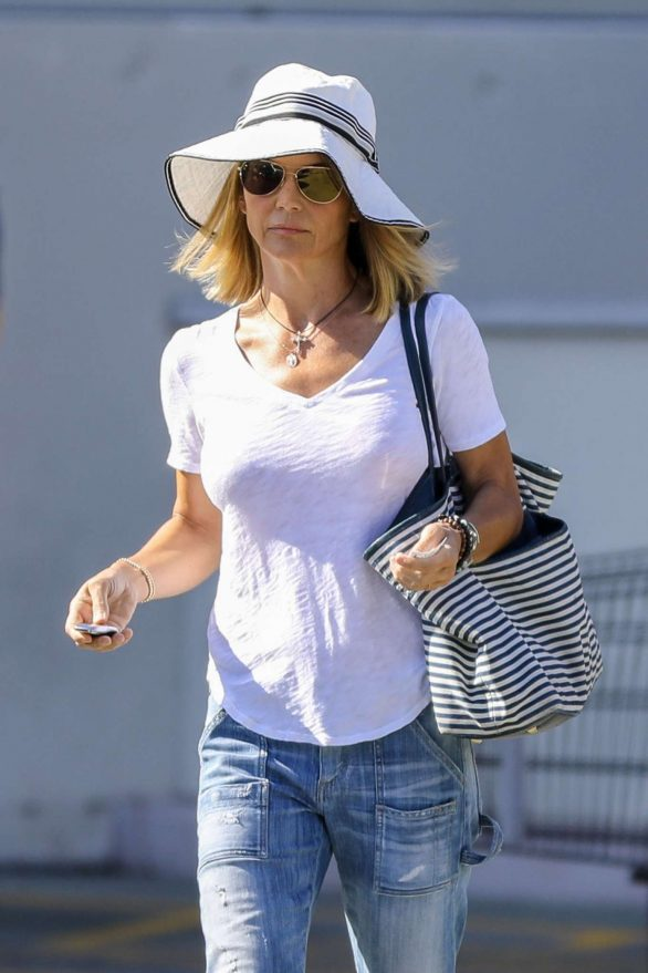 Lori Loughlin - Out in Los Angeles