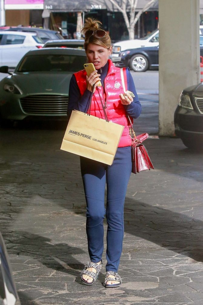 Lori Loughlin – Shopping in Beverly Hills
