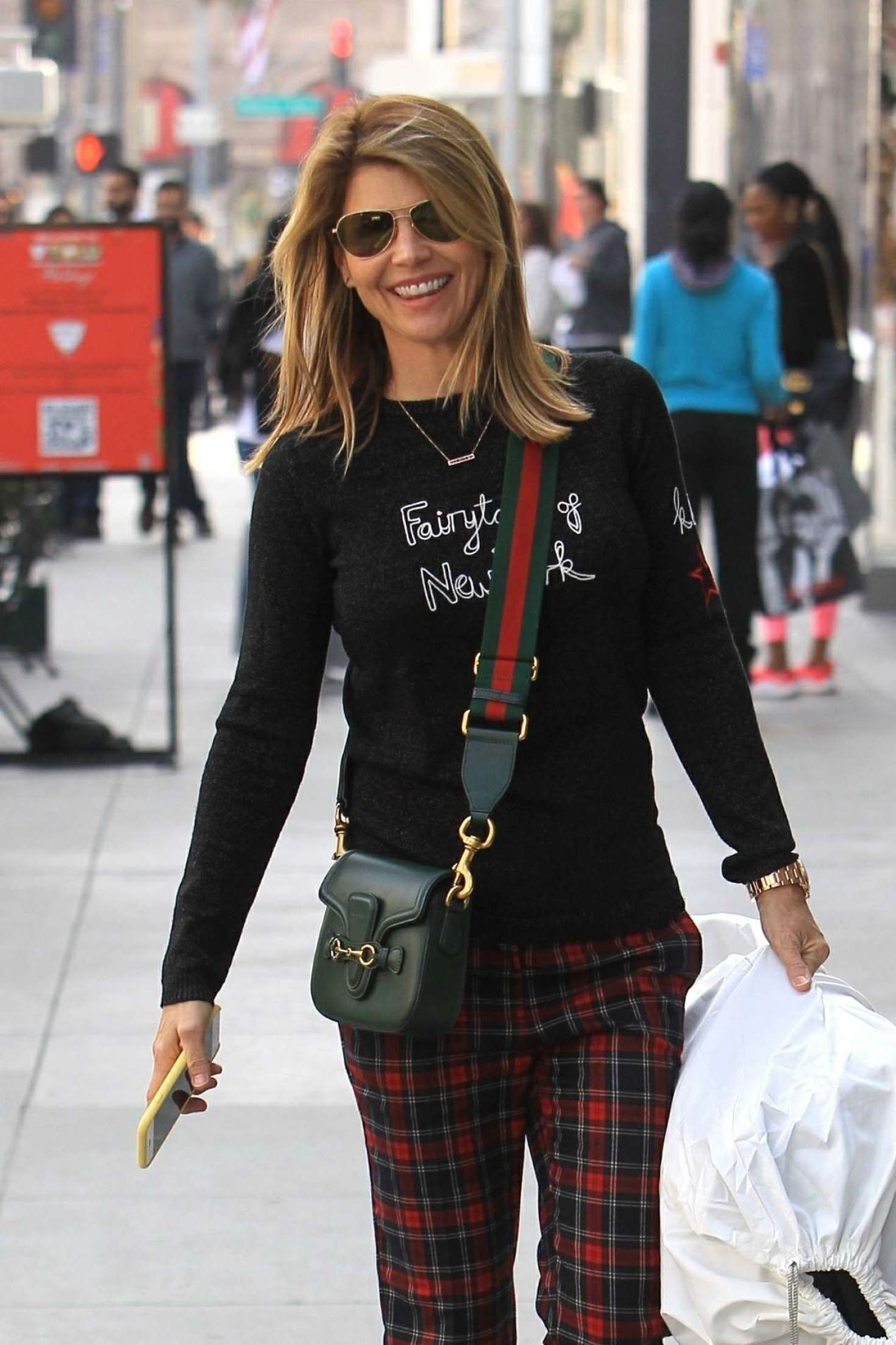 Lori Loughlin - Shopping in Beverly Hills