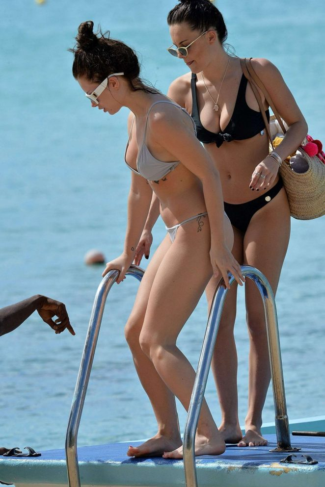 Lottie Moss and Emily Blackwell in Bikini on the boat in Barbados