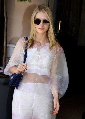 Lottie Moss - Arrives at Majestic Hotel in Cannes