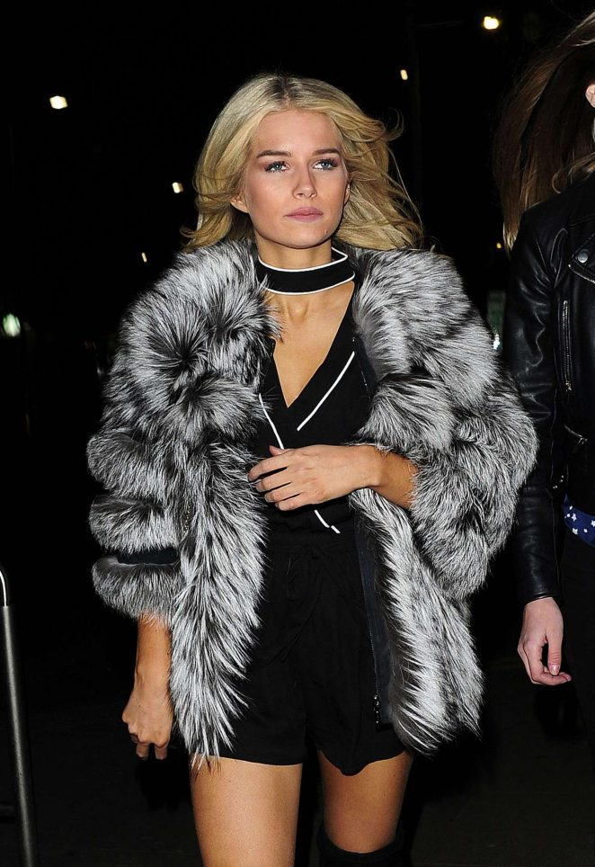 Lottie Moss - Arriving at Bodo's Schloss in London