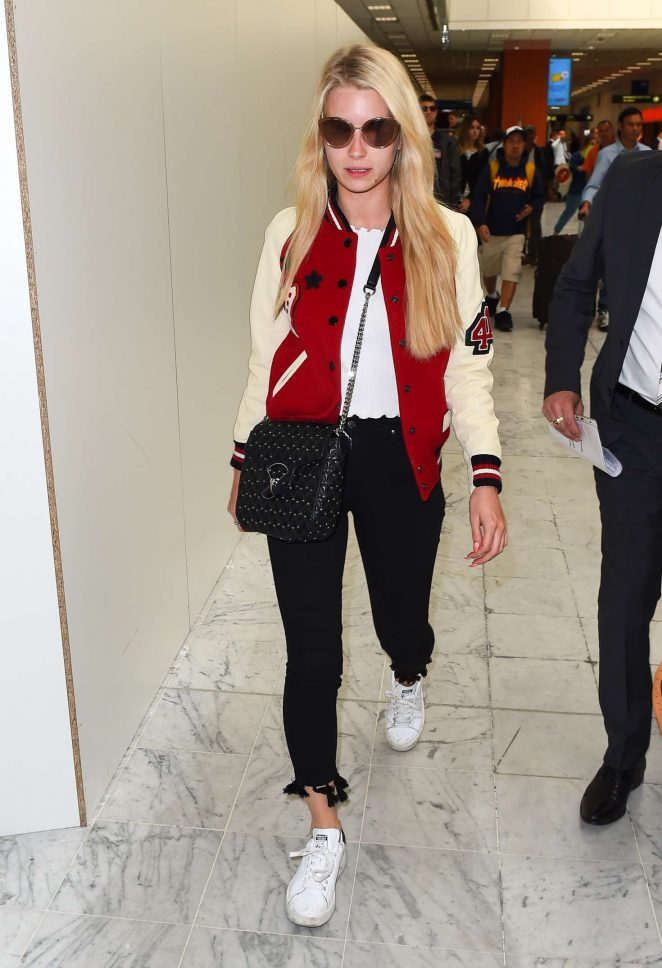 Lottie Moss Arriving at Nice Airport in Cannes