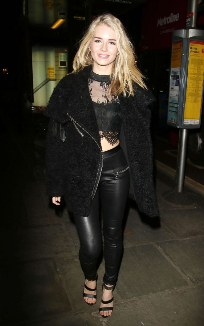 Lottie Moss at Centrepoint Ultimate Pub Quiz in London