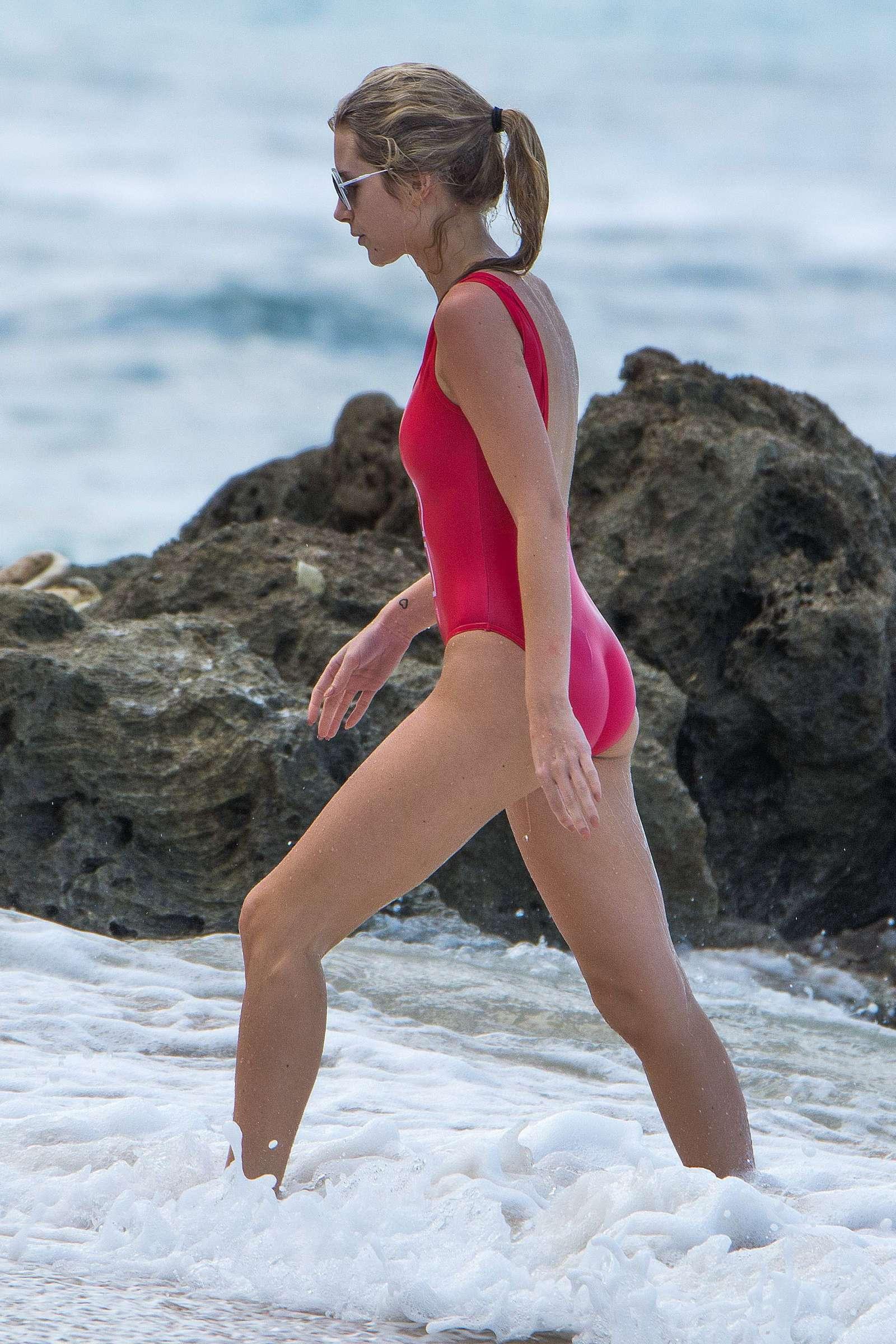 Lottie Moss in Red Swimsuit in Barbados   Lottie-Moss-in-Red-Swimsuit-2016--22